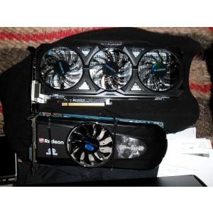 Poza comparatica cu un Sapphire HD 5850 , o placa destul de lunga. Vedere FATA